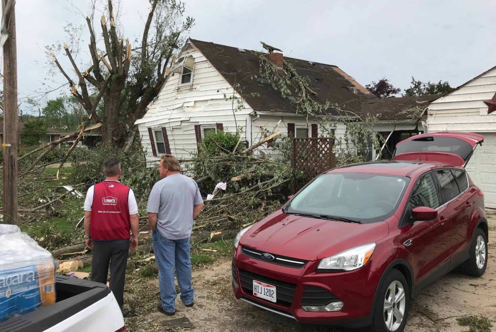 Lowe's Assists in Tornado Aftermath